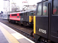 Railways VWC London Euston 20031213