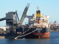 Shipping Australia Newcastle 20140201
